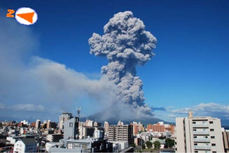 Sakurajima erupting, as seen from Higashikorimoto, Japan, on 18 August 2013(Kagoshima Local Meteorological Observatory)